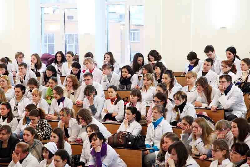 Академия в ТОП-10 высших медицинских учебных заведений РФ